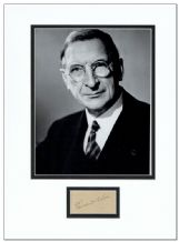 Eamon de Valera Autograph Display
